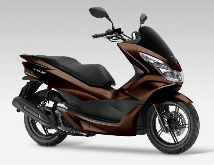 Honda PCX125 model 2017 pakai LED