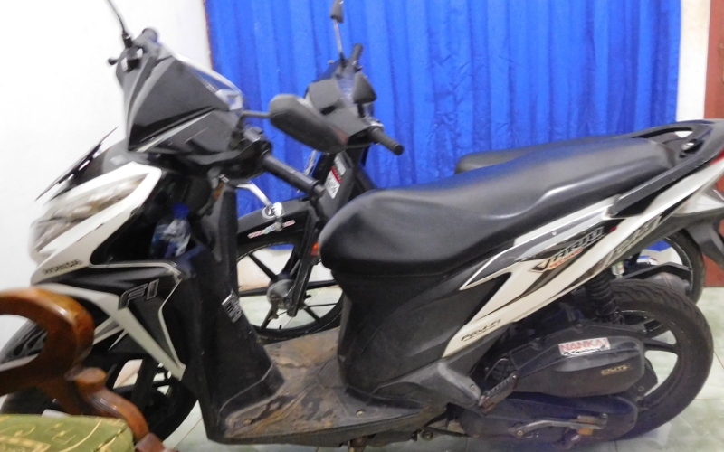 Review Honda Vario 125 2013